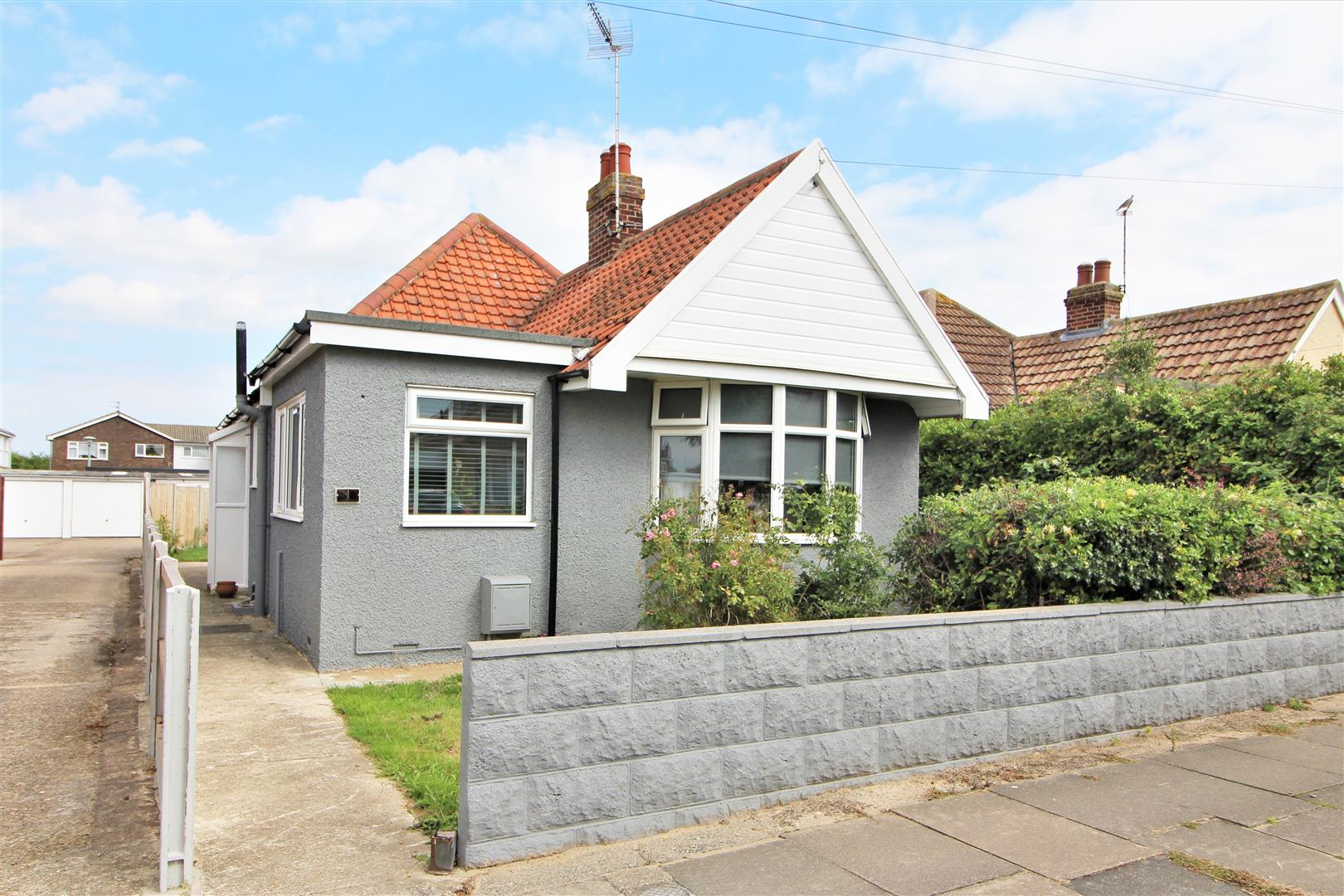 Ingarfield Road, Holland-On-Sea, Essex, CO15 5XA